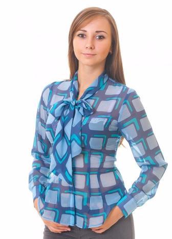 Блузка синяя в голубые квадраты