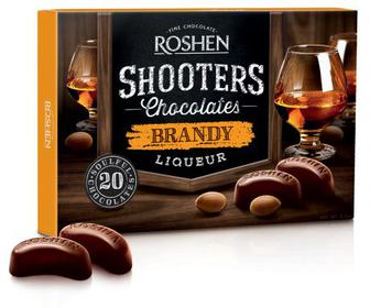 Цукерки Shooters з бренді-лікером Цукерки у чорному шоколаді з начинкою бренді-лікер. Рошен