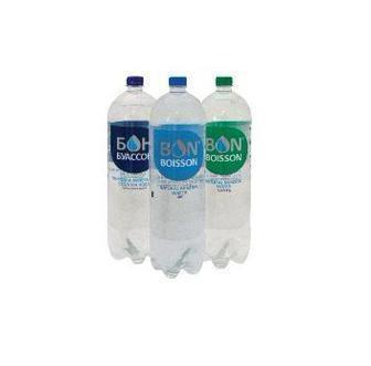 Вода мінеральна сильногазована або вода мінеральна зі смаком лимона Бон Буасон 2л