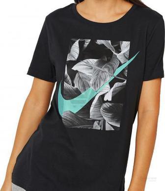 Скидка 40% ▷ Футболка Nike W NSW TEE PHOTO SWSH CREW AO2763-010 M чорний