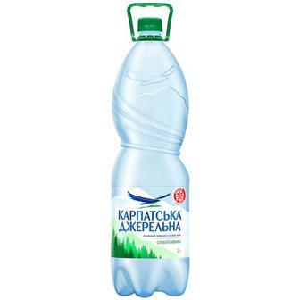 Вода мінеральна Карпатська джерельна слабогазована газ 2л